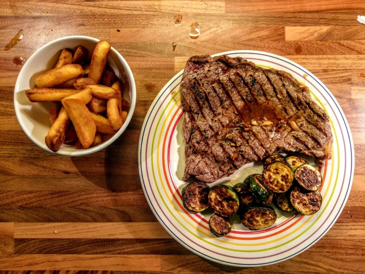 steak-chips-courgettes